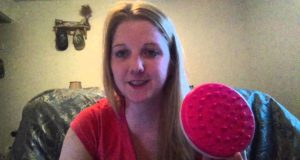 Cellulite Massager Brush Mitt Review