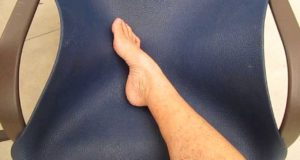 [Dry Skin Brushing] Technique Right Leg and Foot