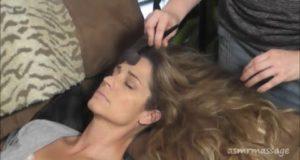 MakeUp Brush Massage – Soft Spoken ASMR